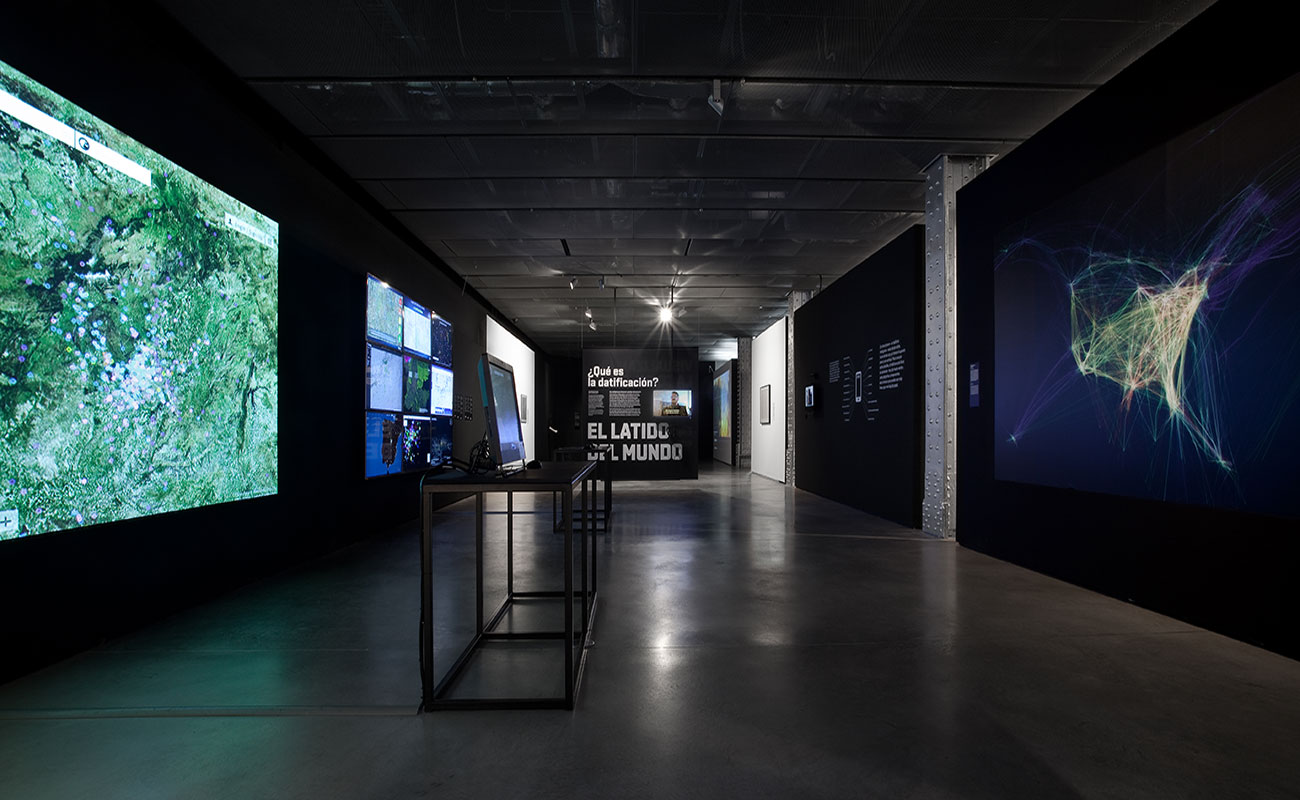 Silvia Miguez-Exhibition-Big Bang Data-Touring
