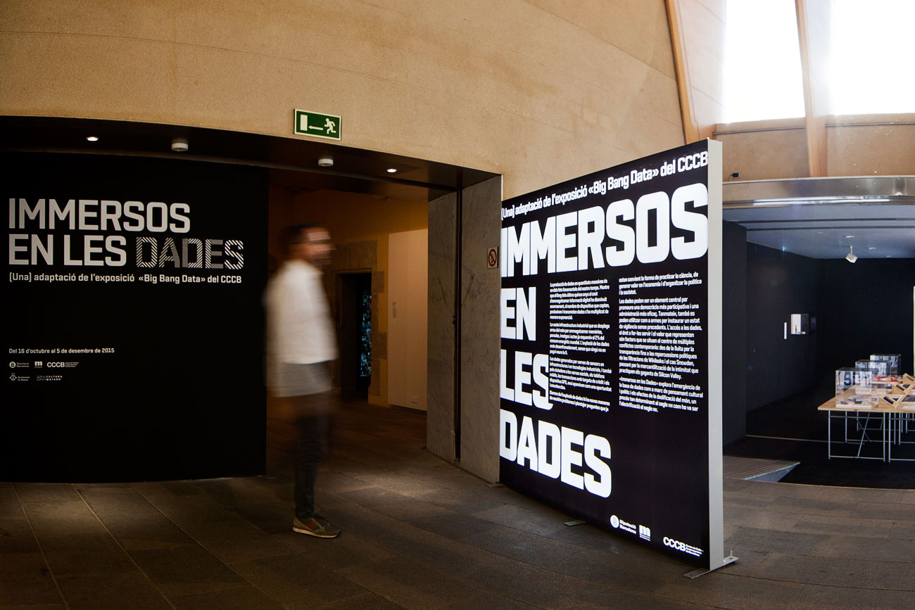 Silvia Miguez-Exhibition-Immersos-en-les-dades-Big Bang Data-Touring